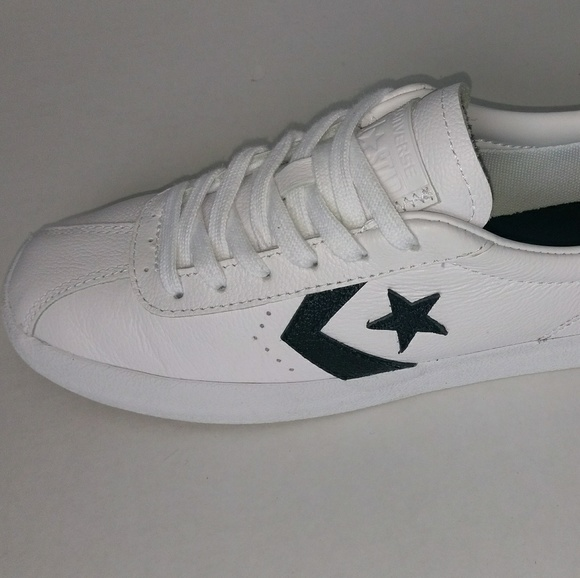 cf9a6e54d8eb Converse Breakpoint Low Top White Black Leather Me